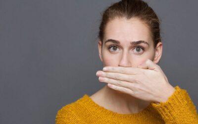 Mal aliento o Halitosis. Sus causas más comunes y soluciones para combatirla
